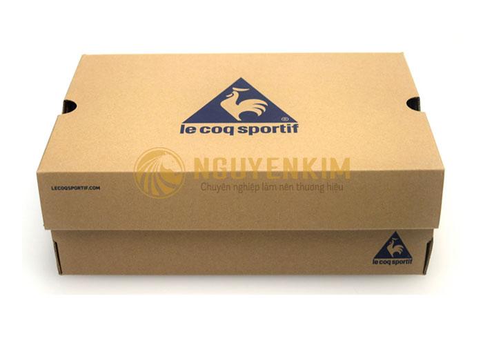 in hộp đựng giày Carton