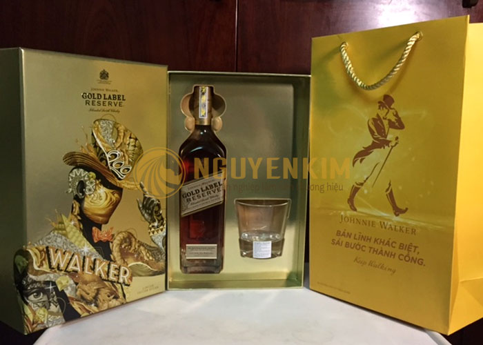 Hộp rượu quà tết Johnie Walker Gold Label
