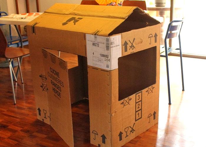 Ngôi nhà đáng yêu từ giấy carton